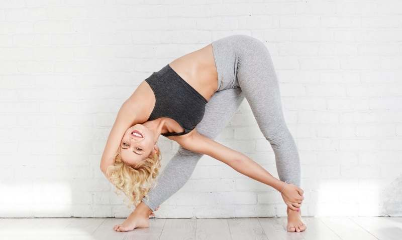 5-Min Morning Yoga Routine to Power Your Day - Fitwirr