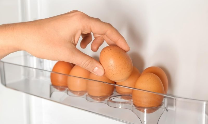 How to Tell If Eggs Are Good or Bad: 5 Simple Ways - Fitwirr