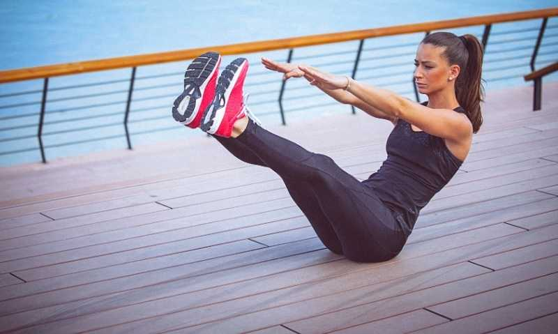 The Best Ab Exercises and Workouts for Women - cover